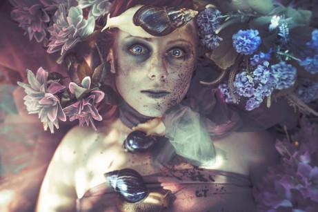 divoká-žena-nevyléčené-rány